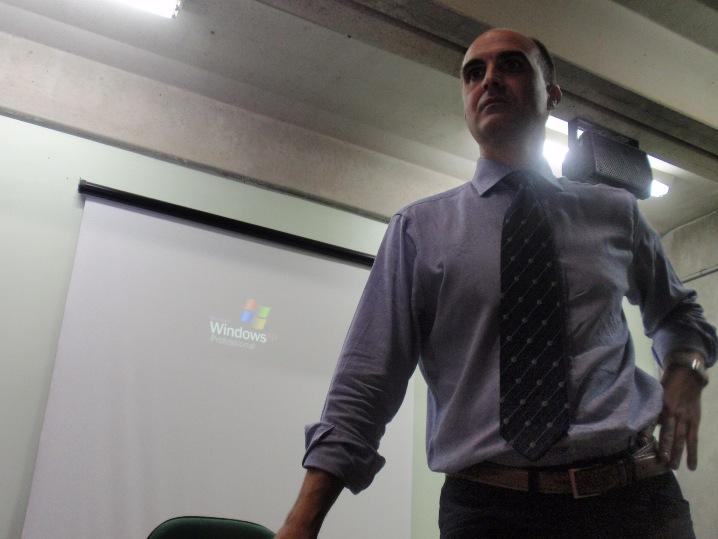 UENF José manuel Bautista conferencia sobre inclusión educativa