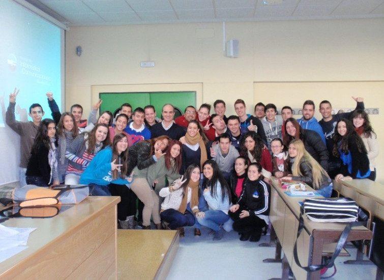 alumnos Huelva formación es importante José Manuel Bautista